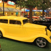 1933 Ford 2 Door Coupe