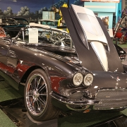 1962-Chevrolet-Corvette-Custom-Roadster