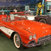 1961-Chevrolet-Corvette-Convertible